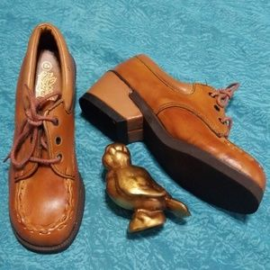 NWOT Awesome VTG Leather Loafers